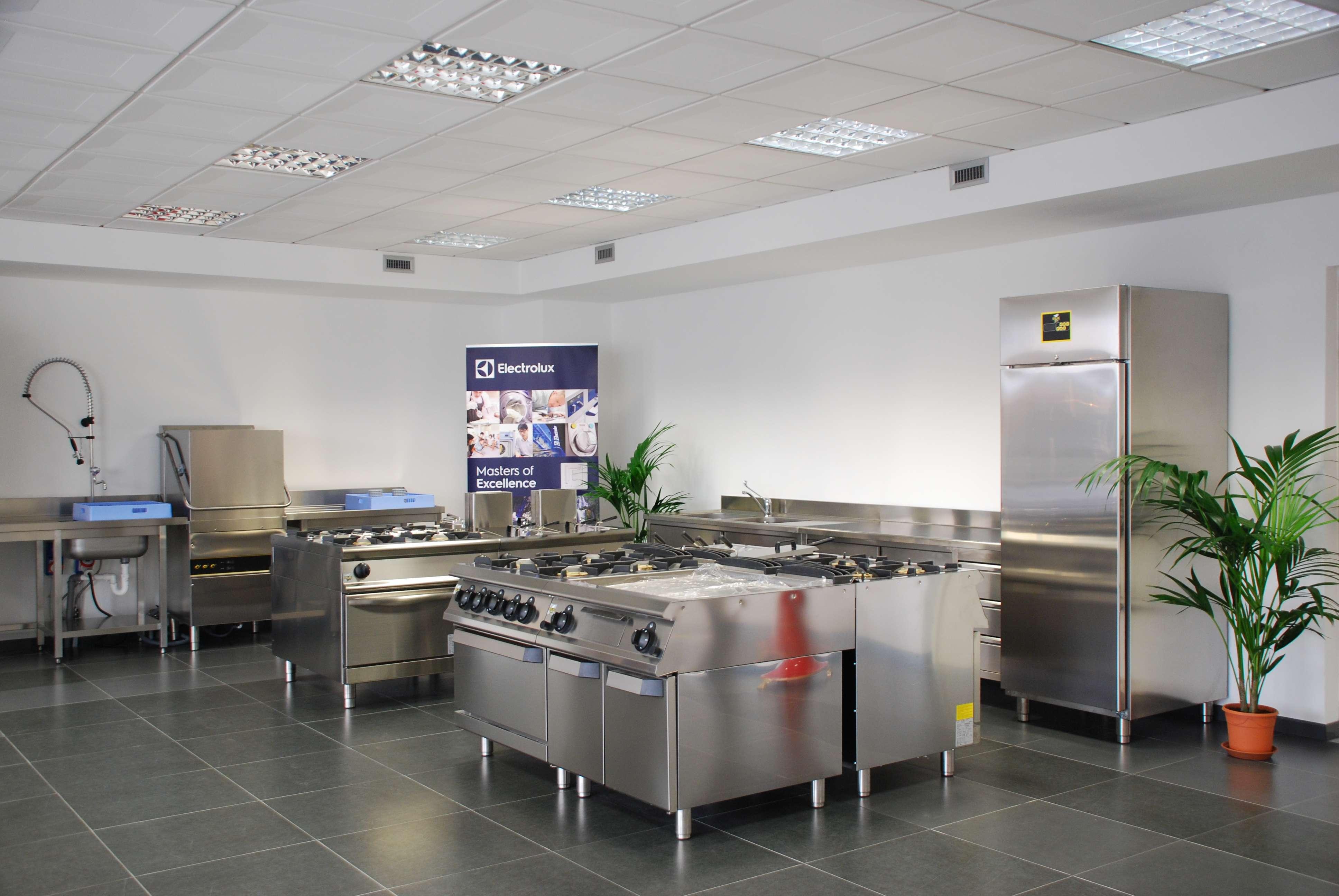 Progettazione e vendita cucine industriali e professionali per la ...